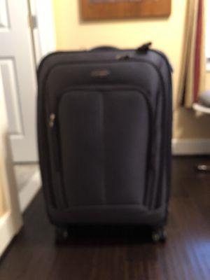 """Samsonite 28"""" suitcase for Sale in Alexandria, VA"""