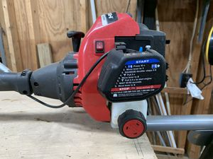 "Poulan chainsaw 42cc with 18"" bar. Comes with carrying case for Sale in Madison Heights, VA"