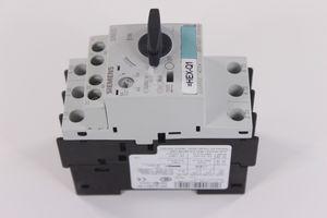 Lot of (3) Siemens Circuit Breaker Model:3RV1021-1FA10 for Sale in Hayward, CA