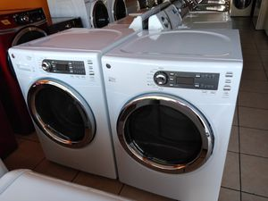 GE STEAM TECHNOLOGY WASHER AND GAS DRYER for Sale in Garden Grove, CA