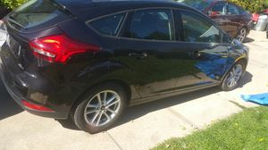 2015 ford focus hatchback for Sale in Detroit, MI