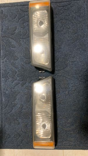 Silverado bottom headlights for Sale in Elgin, IL