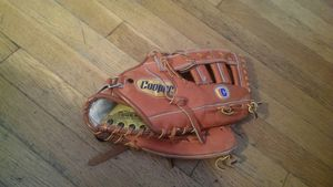 "Cooper 13"" Leather Softball Baseball Glove Mitt for Sale in Chicago, IL"