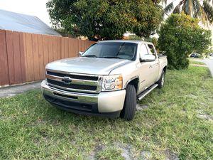 Chevy Silverado for Sale in Hialeah, FL