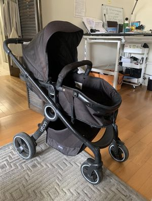 Chicco urban stroller for Sale in Los Angeles, CA