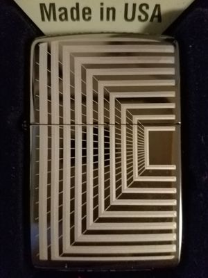 Zippo boxed lines design 49071 for Sale in Los Angeles, CA