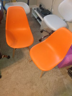 Brand New orange plastic side chairs 2pc set for Sale in Jonesboro, GA