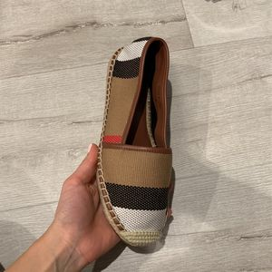 Burberry Espadrill for Sale in Glendale, CA