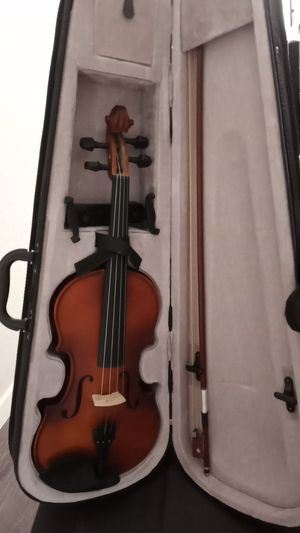 Mendini 4/4MV300 Solid Wood Satin Antique Violin for Sale in Davis, CA
