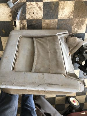 Cadillac bucket seat parts 1963 maybe 1964 with a 2 way motor and a later one maybe 1965-1966-1967 looks to be a 6 way set up. This is what is left f for Sale in Perris, CA
