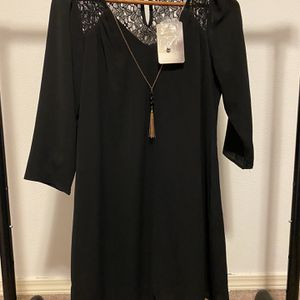 Small Black Dress for Sale in Snohomish, WA