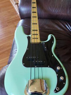 Fender SQUIRE CLASSIC VIBE 60S PBASS GUITAR for Sale in Stockbridge,  GA
