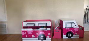Kids storage unit/desk for Sale in Longwood, FL