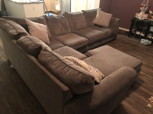 Sectional couch $900 OBO for Sale in Moreno Valley, CA