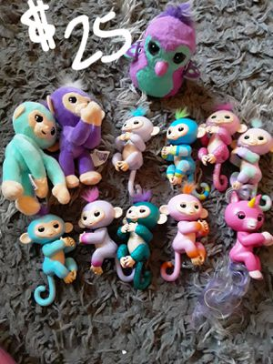 SATURDAY SALE..all new fingerlings bundle & hatchimal for Sale in Suitland, MD