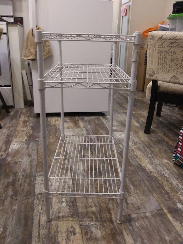 Wire shelf unit