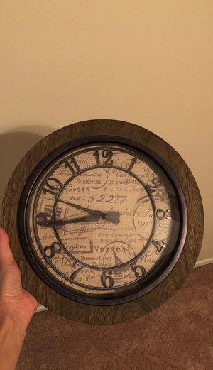 Vintage clock for Sale in Riverside, CA