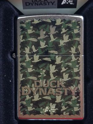 Zippo duck dynasty street chrome 28880 for Sale in Los Angeles, CA