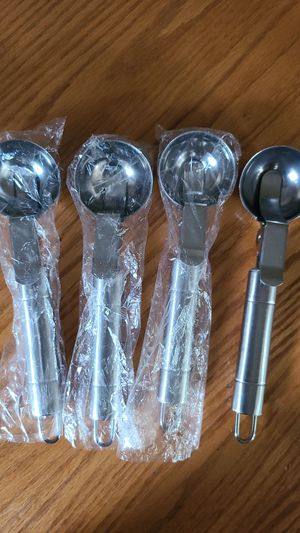 NEW NEVER USED ICE-CREAM 🍦 SCOOPERS. for Sale in Greenville, SC
