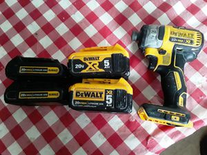 Dewalt impact drill with 4 batteries and charger for Sale in Spencer, NC