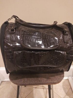 High End small pet carrier. 12 in x 12 in. for Sale in Atlanta, GA