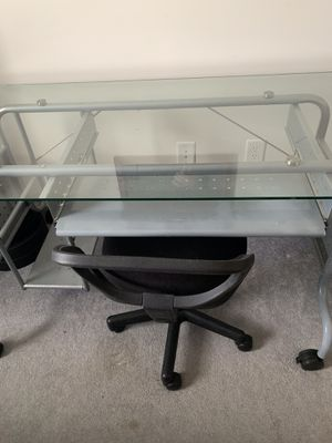 Glass Desk w/ chair for Sale in Rocky Mount, NC