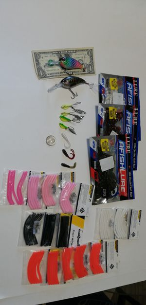 FRESH WATER CRANK BAIT LURES 1/40Z SPINNER GRUBS fishing trout worms lmb smb crappie blue gill for Sale in La Habra Heights, CA