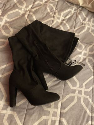 Tillys(WILD DIVA OVER THE KNEE HEELED WOMENS ) for Sale in Fontana, CA