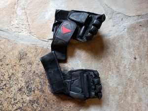 Light Boxing gloves Century with grip bar for Sale in Concord, NC