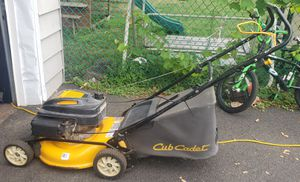 CUB CADET lawn Mower for Sale in Hasbrouck Heights, NJ