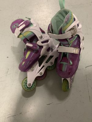 Girls size 12-2 roller blades for Sale in Miami, FL