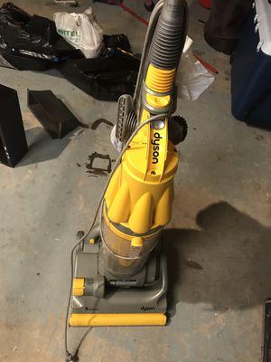 Dyson dc07 vacuum for Sale in Pompano Beach, FL