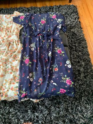 2 gorgeous Duster tops. So cute. 1 size large and 1 medium. Looks so cute with jeans! Like new. for Sale in Lyons, IL