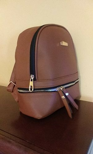 Backpack purse-mochila cartera for Sale in Los Angeles, CA