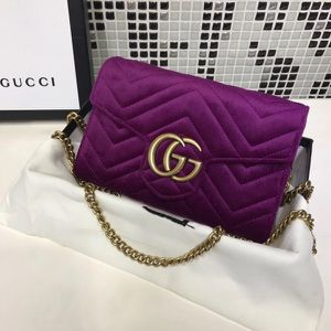 Gucci Purse / Wallet for Sale in Orlando, FL