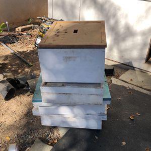 Bee Keeping Supplies for Sale in Murrieta, CA
