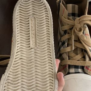 burberry shoes size 31 for Sale in Downey, CA