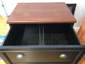 2 drawer file cabinet for Sale in Orlando, FL