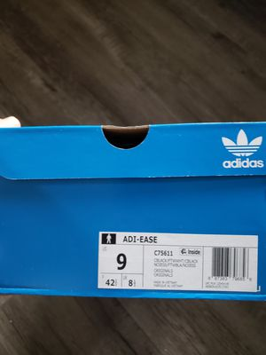 Adidas shoes size 9 for Sale in San Mateo, CA