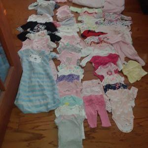56 Pcs Newborn Clothes 4 Pjs, 3 Leggings, 32 Onesies, 2 Sleep Sacks , 5 Dresses, 5 Hats, 1 Blanket, 1 Jacket for Sale in Lansing, IL