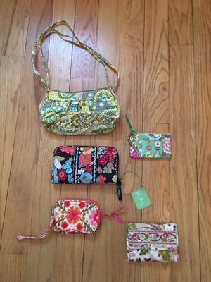 5 Vera Bradley gifts for $30! for Sale in Bethel, CT