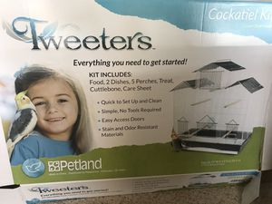 Tweetres brand Cockatiel cage/ kit for Sale in Cincinnati, OH