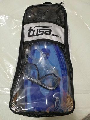 Tusa sport snorkel and fins for Sale in Alpharetta, GA