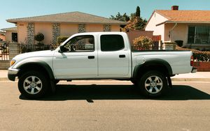 AUTOMATIC 5 SPEED TOYOTA TACOMA 2003 STRONG for Sale in Santa Clara, CA