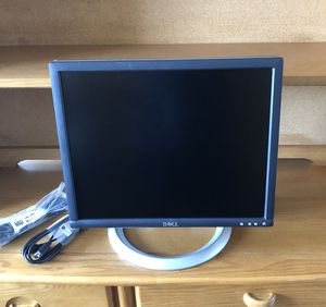 """""""Very Good Shape"""" Dell 1905FP 19"""" UltraSharp LCD Monitor w/ Adjustable Telescopic Base and Cables for Sale in Philadelphia, PA"""