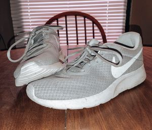 Gray Nike Tennis Shoes for Sale in Vass, NC