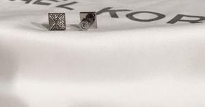 MICHAEL KORS EARRINGS for Sale in Dallas, TX