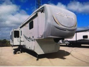 2011 Heartland Big Country 38ft for Sale in Tampa, FL