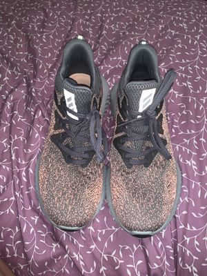 Adidas alphabounce women's 8 for Sale in Affton, MO