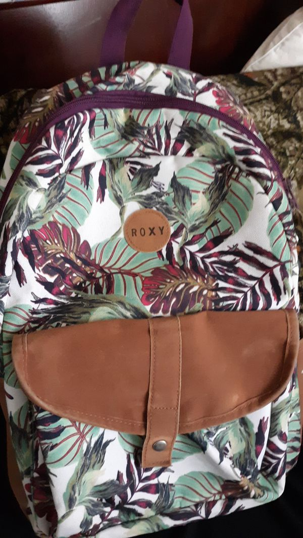 Roxy back pack good condition